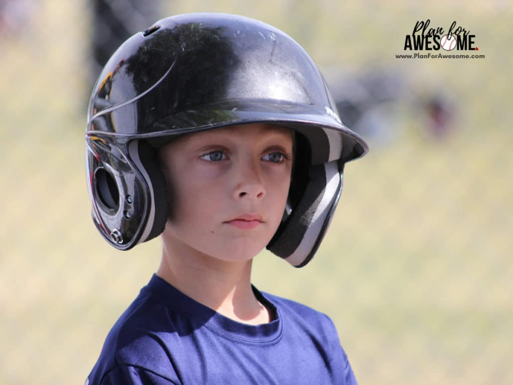 Deciding Whether or Not to Sign Up For Little League Baseball - this was so helpful when deciding whether or not to sign my son up for Little League Baseball!  This girl is REAL and tells you how much it will ACTUALLY cost and how much of a time commitment it is.  I love her website - super helpful! #littleleaguemom #baseballmomtips #baseballmom