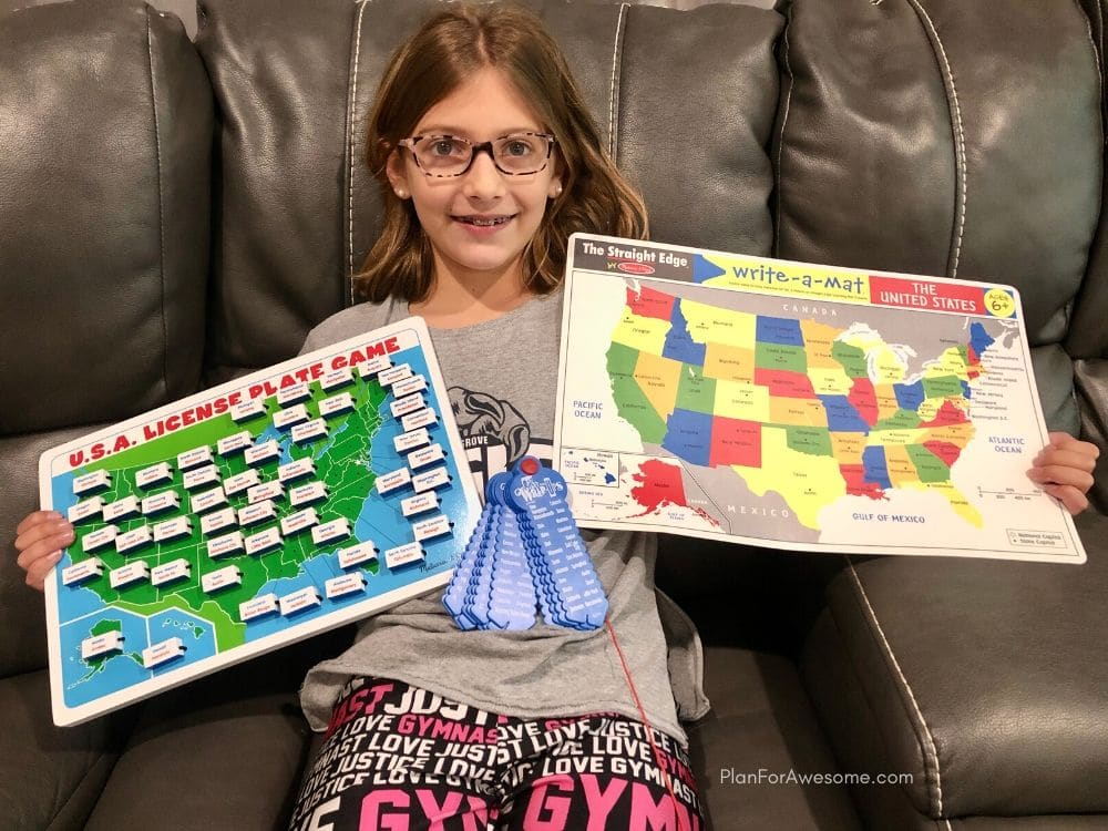 This states and capitals placemat and also the wrap-ups are amazing tools for kids to learn their states and capitals! #statesandcapitals #learningstatesandcapitals